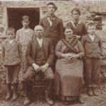 Angelo and Maria with Alfredo their son, Stephano_s son, Emma, Walento, Piurina and Aldo